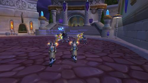 Deux prêtres avec le set PvP niveau 60